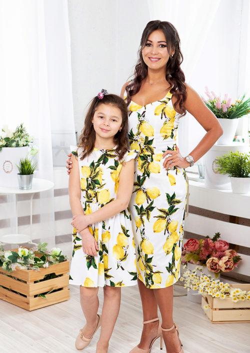 """Комплект летних платьев в стиле Family Look для мамы и дочки """"Тропиканка"""""""