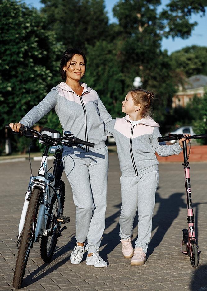 """Спортивный костюм для мамы и дочки в одном стиле """"Кошки"""""""
