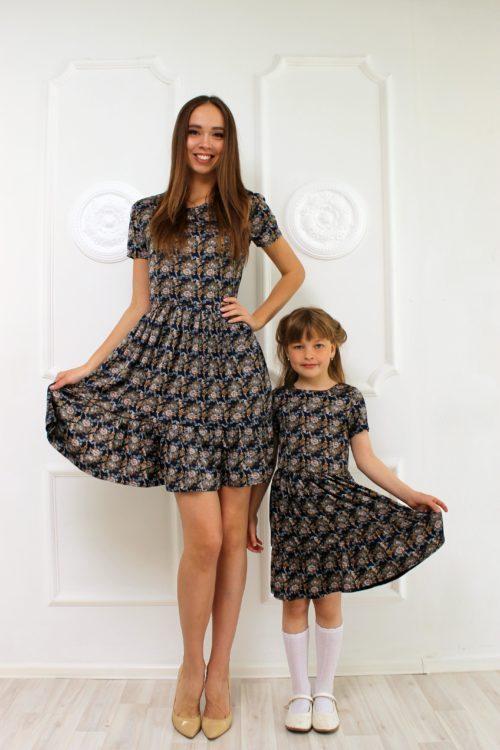 Комплект платьев для мамы и дочки в стиле Family Look КМ 2283