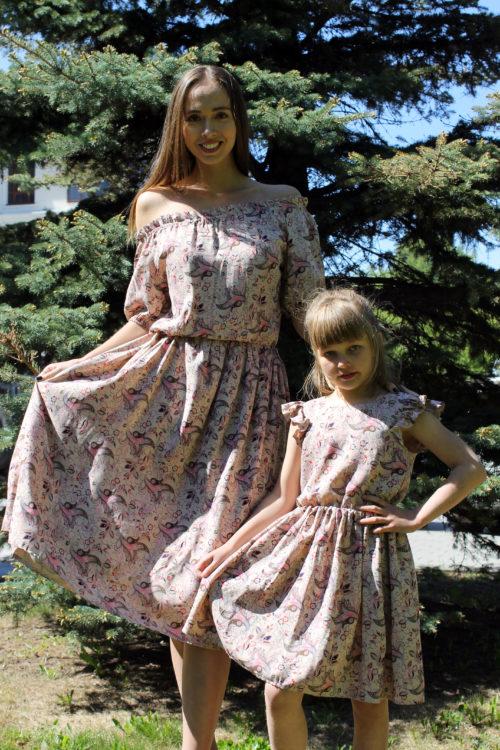 Комплект платьев для мамы и дочки в стиле Family Look КМ 2239