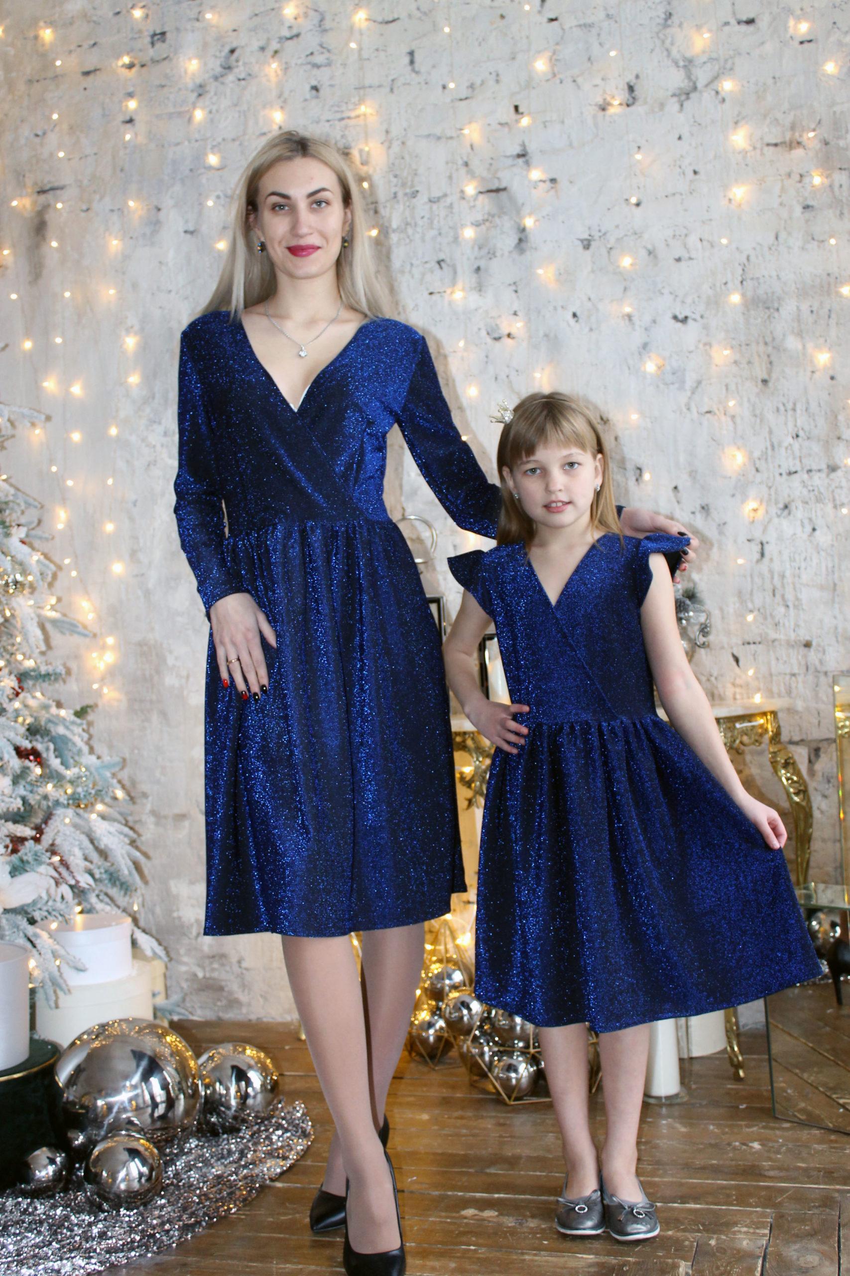 Комплект нарядных платьев Family Look КМ 2218