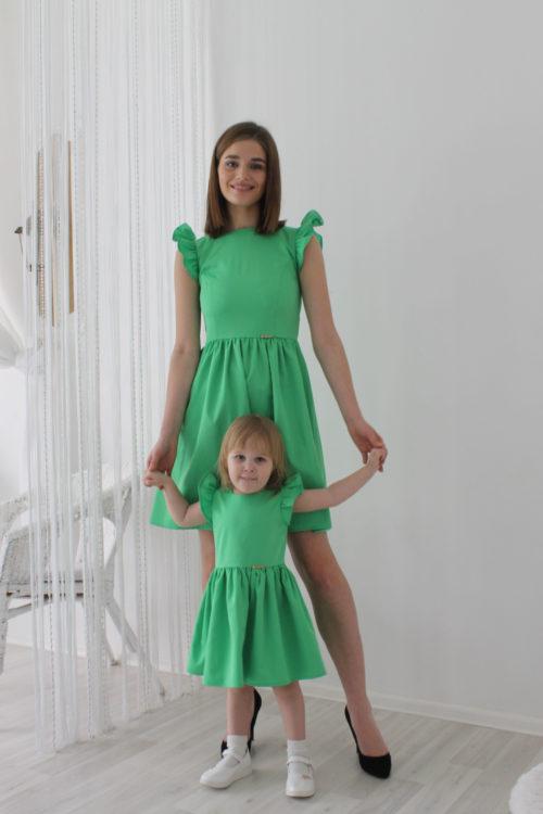 Комплект одинаковых платьев для мамы и дочки КМ 2210