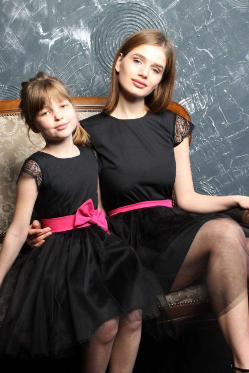 Комплект вечерних платьев для мамы и дочки в стиле Family Look КМ 2203