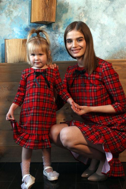 Комплект одинаковых платьев для мамы и дочки КМ 2199